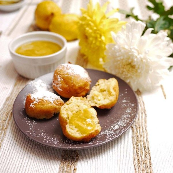 Vanilla Ricotta Fritters with Lemon Curd | Indulge | Pinterest