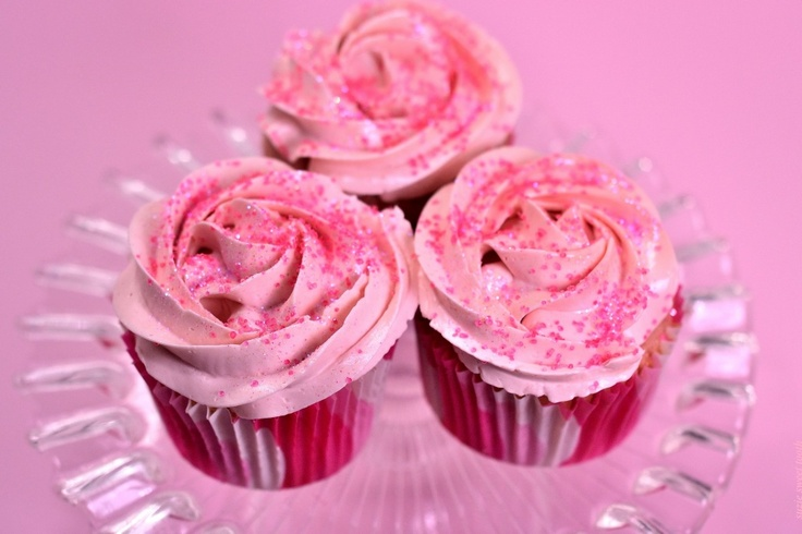 Pretty In Pink Strawberry Guava Cupcakes | baking | Pinterest