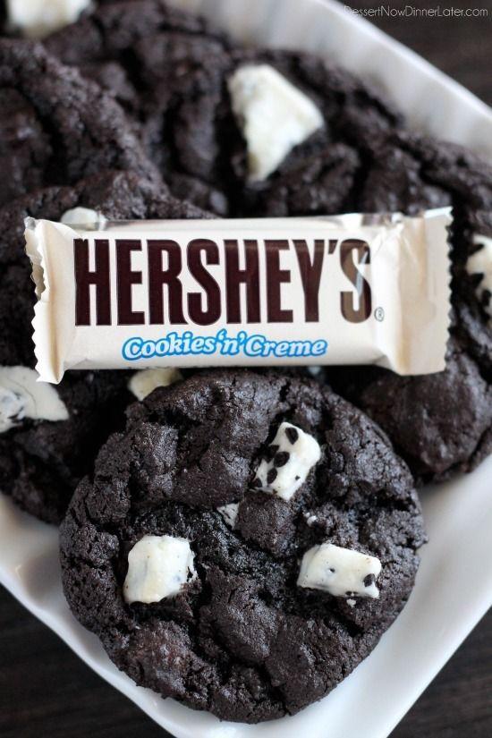 Dark Chocolate Cookies & Cream Cookies | DessertNowDinnerLater.com #cookies #darkchocolate #cookiesandcream