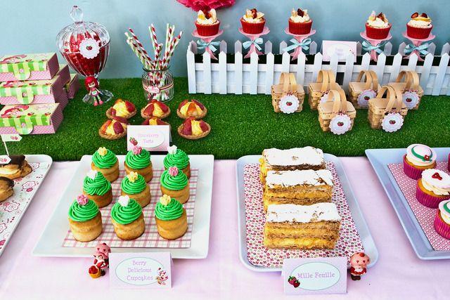 """... 21 of 25: Strawberry Shortcake / Birthday """" Strawberry Shortcake"""