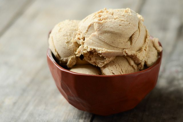 Tasty Kitchen Blog: Cinnamon Ice Cream. Guest post by Erica Kastner of ...