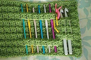 Crochetneedlecase