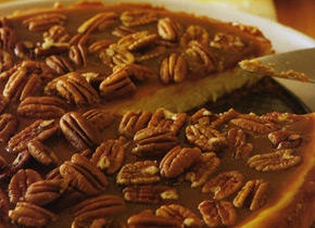 Pecan And Salt Caramel Cheesecake | Recipes For Women | Pinterest