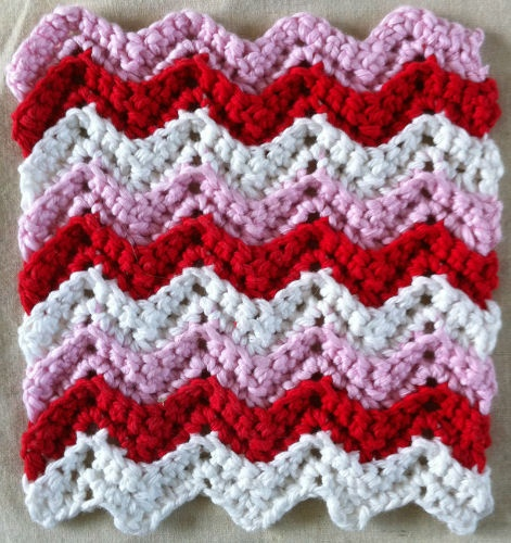 Free Crochet Dishcloth And Potholder Pattern : Valentine-Ripple FREE crochet dishcloth/potholder ...