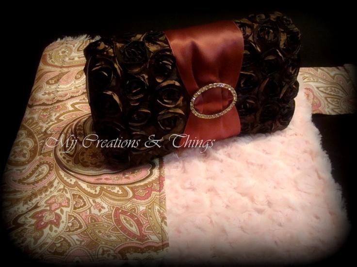 Wipe Clutch w/matching changing pad  Mjjcreations.blogspot.com  Facebook: Mjj Creations & Things