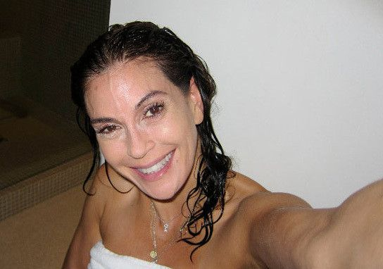 Teri hatcher goes makeup free to prove no botox no surgery photos