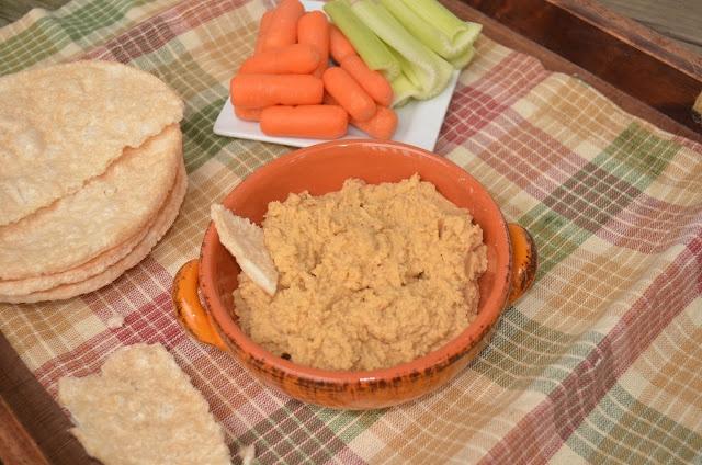 Healthy Jalapeno: Skinny Buffalo Wing Hummus