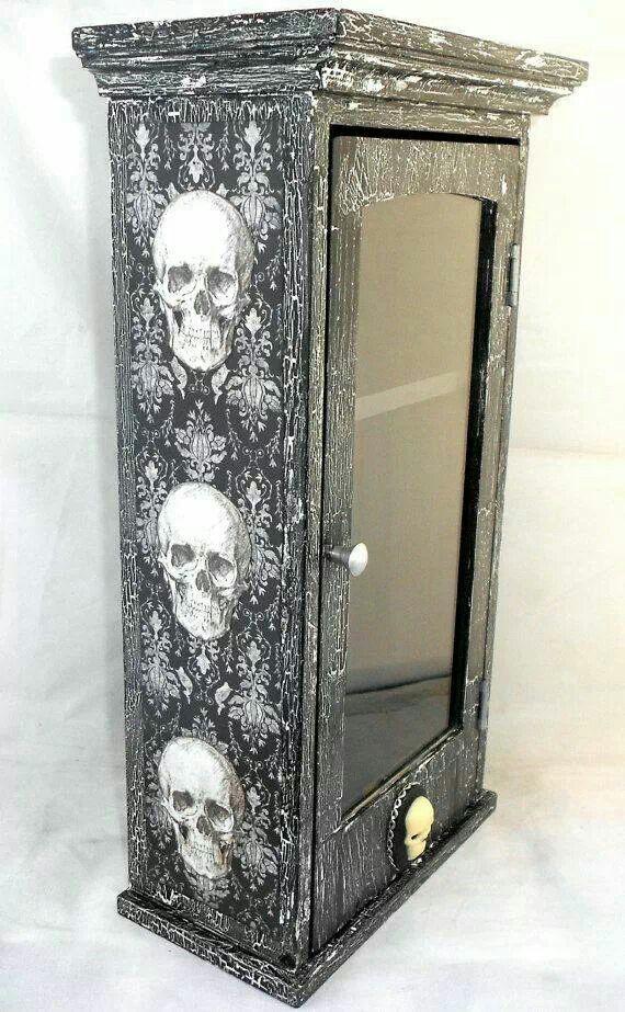 Skull medicine cabinet skull goth home decor pinterest for Skull home decor