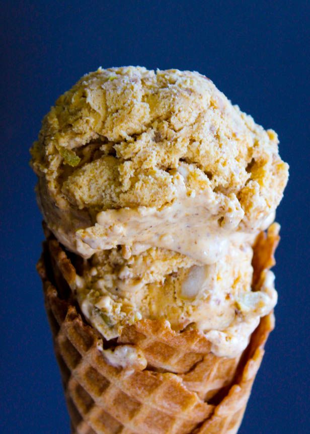 Pumpkin Apple Pecan Pie Ice Cream! 3 pies in one ice cream?!?! Great ...