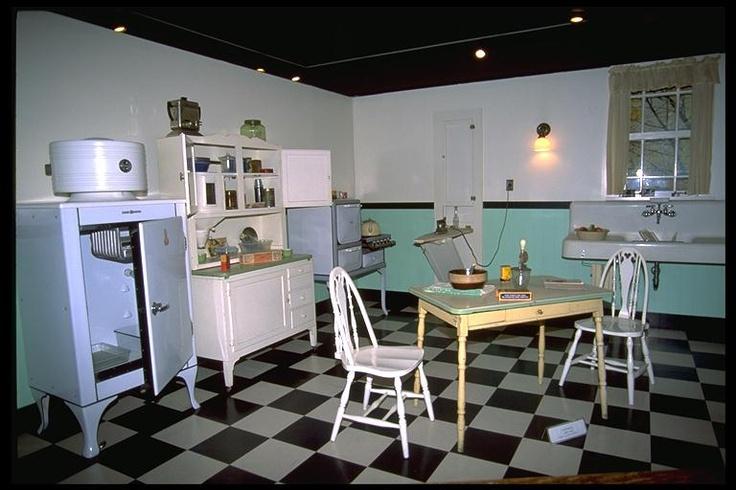 1920s Kitchen 1920 30s Kitchen Pinterest