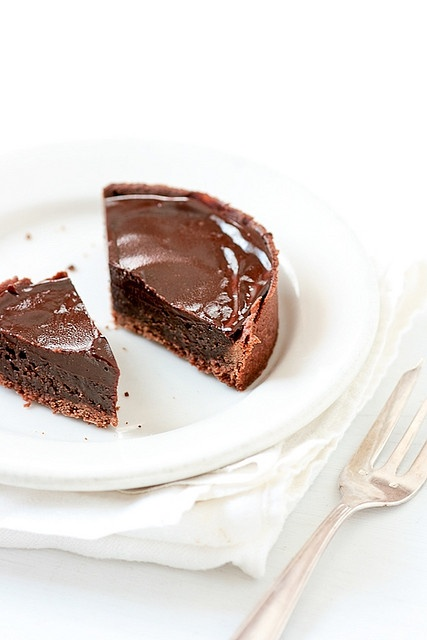 Chocolate Truffle Tarts by tartelette. You could fancy up any kind of ...
