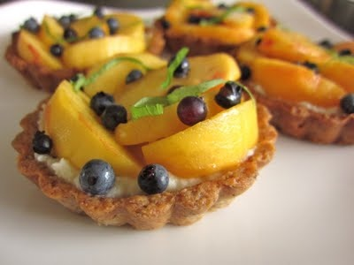 Peach Blueberry Tarts with Brown Butter Almond Crust, Bourbon ...