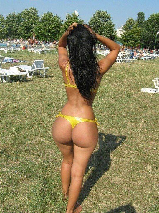 she squats bro nude
