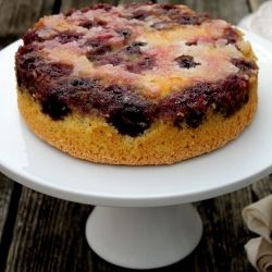 Blackberry Upside down cake | things to try | Pinterest