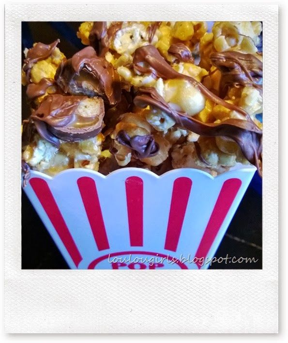 Twix Caramel Popcorn | Desserts | Pinterest