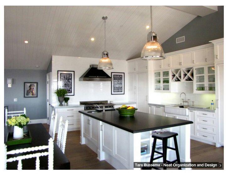 Black, Grey and White Kitchen / Houzz | Rooms, Furniture, Accessories ...
