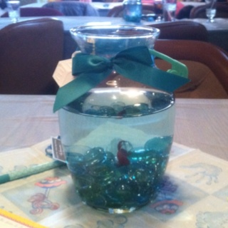 My baby shower centerpieces beta fish theme was the for Beta fish centerpiece