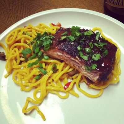 The Blonde Mule: Chinese Noodles with Baked Sriracha Ribs