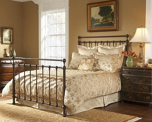 Langley Bed