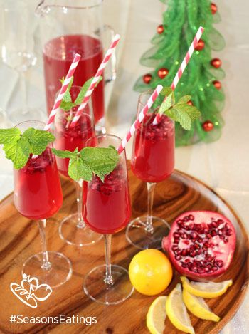 Holiday Pomegranate Lemonade #SeasonsEatings #HarrisTeeter