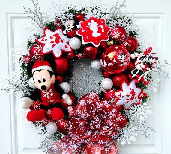 Disney christmas wreath mickey mouse by sparkleforyourcastle