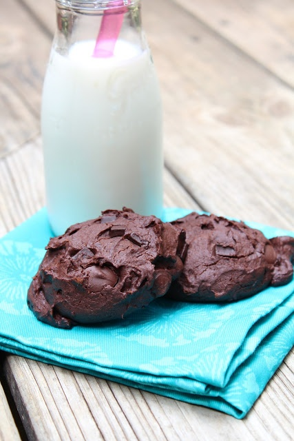 Handful Of Chocolate Chip Cookies & A Glass Of Milk Recipe ...