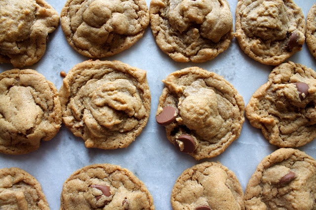 ... : Super Simple 5 Ingredient Peanut Butter Chocolate Chip Cookies
