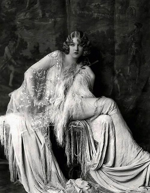 Traveling through history of Photography...Ziegfeld Follies Girl, Gladys Glad by Alfred Cheney Johnston, 1920.