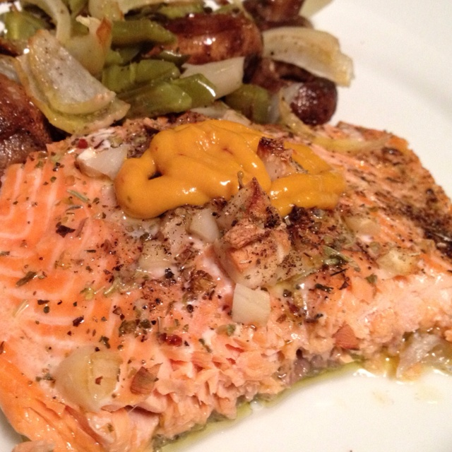 Roasted salmon with a spicy red pepper mustard aoli served with ...
