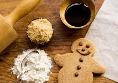 Spicy Gingerbread Cookies - http://www.prevention.com/food/food ...