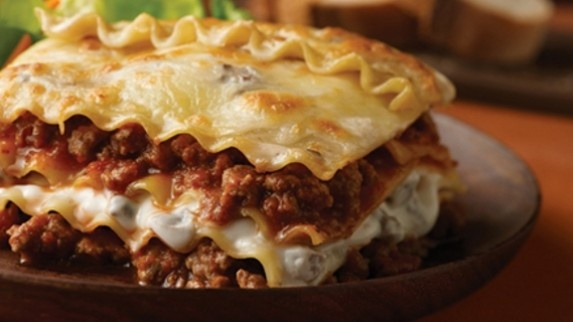 Jo's Easy Beef Lasagna | nummy things | Pinterest
