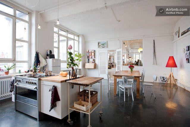 room-artist loft berlin kreuzberg  in Berlin from $59 per night