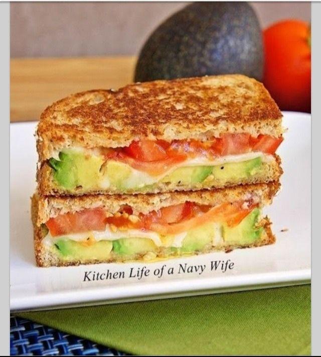 """Delicious Avocado, Mozzarella & Tomato Grilled Cheese Sandwich"""" 😋"""