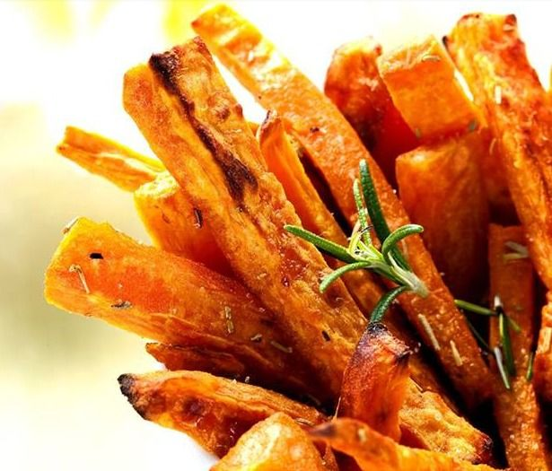Baked Sweet Potato Fries with Rosemary and Garlic