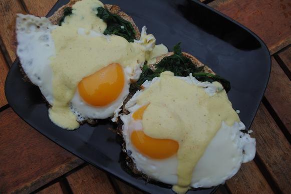 Healthy Eggs Florentine - 300 calories | ! A Permanent Health Kick ...