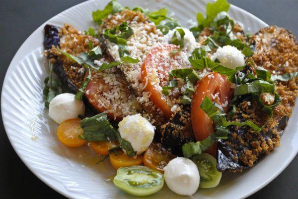 Eggplant parmesan salad. | Salad Eats. | Pinterest