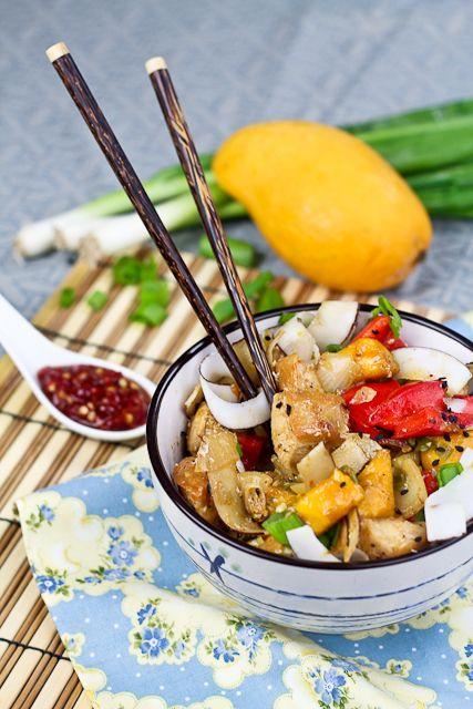 Spicy Mango and Coconut Chicken | #Paleo | #DairyFREE