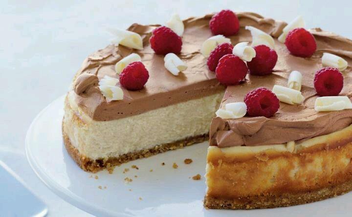 Chocolate mousse cheesecake | Yum Yummies :) | Pinterest