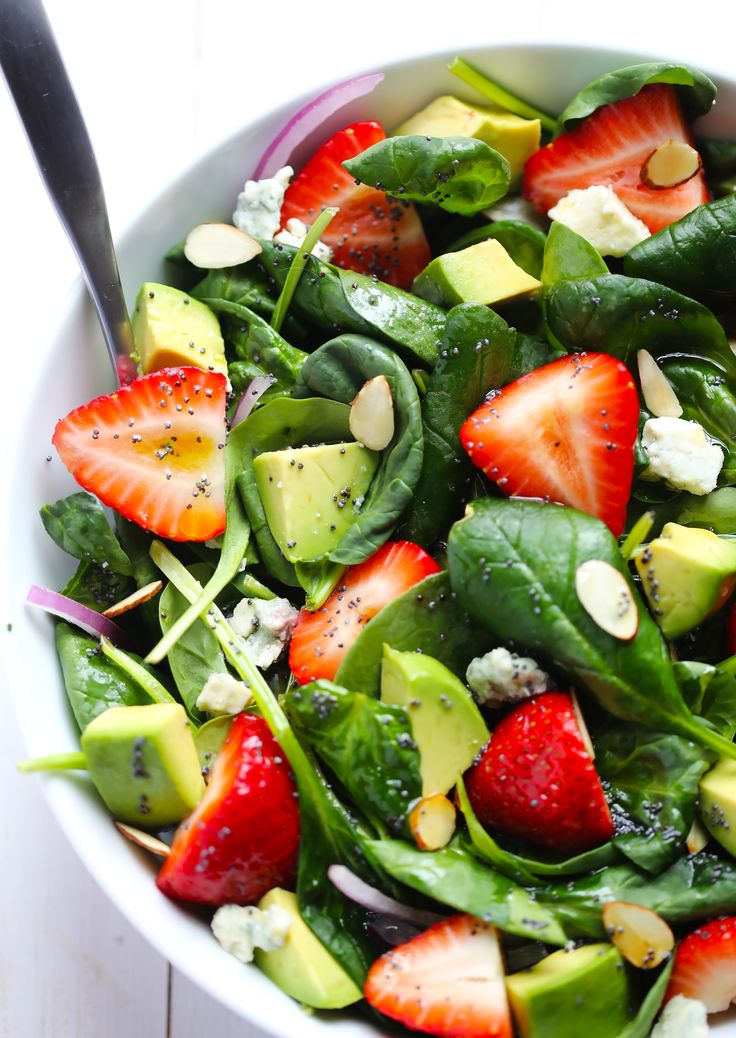 Recipe For Spinach and Strawberries Salad. One of the best things ...