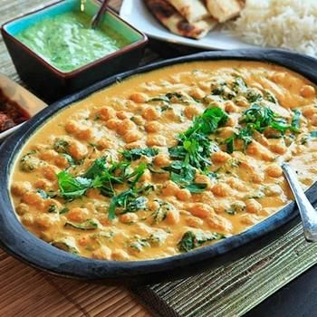 Chickpea, Coconut, and Cashew Curry | eatable | Pinterest
