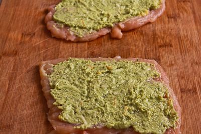 Baked Chicken Stuffed with Pesto and Cheese (Low-Carb, Gluten-Free ...