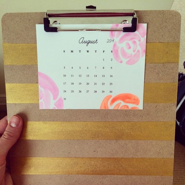 making now: calendar + gold striped clipboard = excellent combination