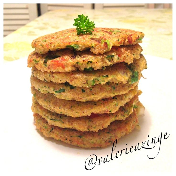 Quinoa and zucchini patties | Breakfast | Pinterest