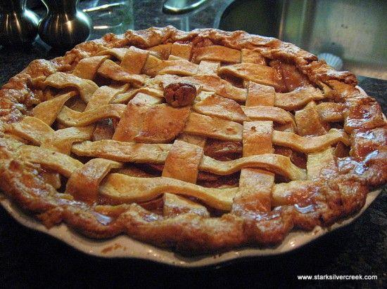 Easy Apple Pie:) | Favorite Recipes | Pinterest