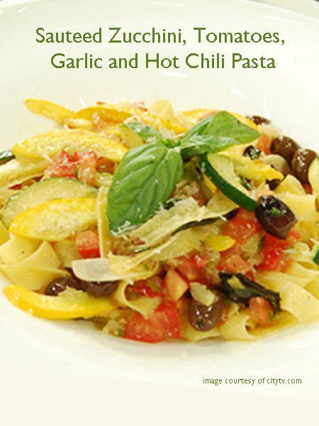 Meatless Monday with Sauteed Zucchini, Tomatoes, Garlic and Hot Chili ...