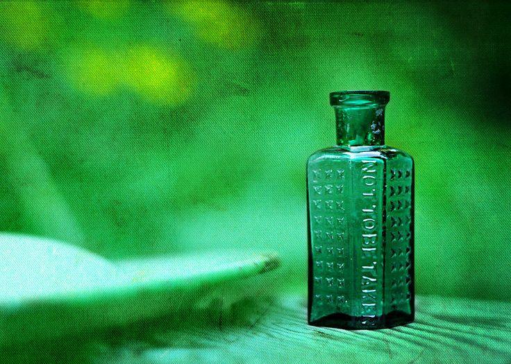 Small green poison bottle | Flowers in the Attic | Pinterest