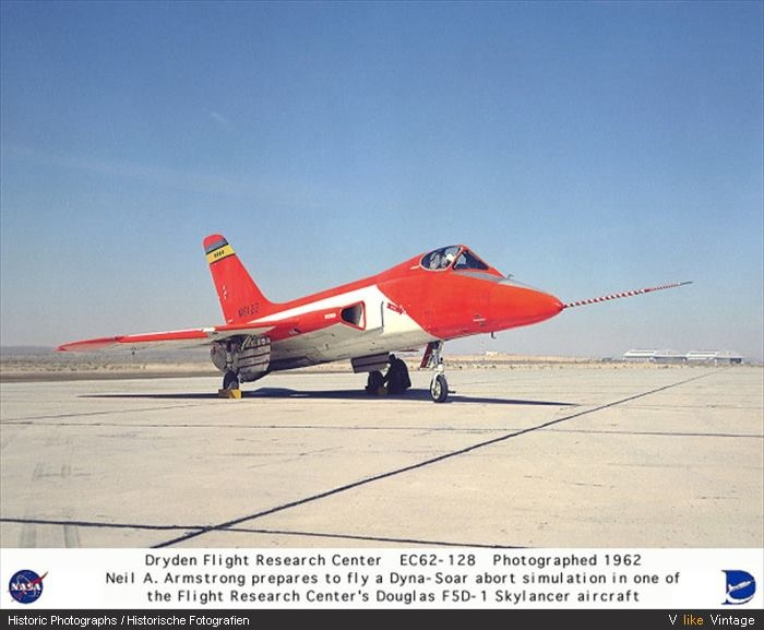 neil armstrong aircraft - photo #3