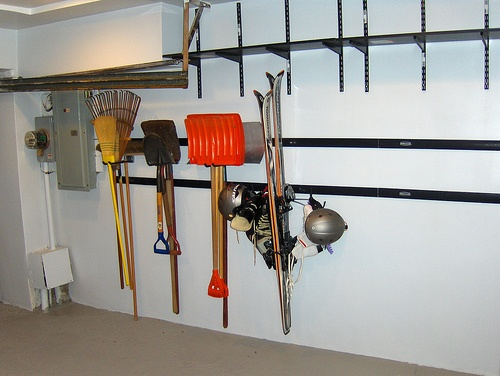 Garage organization tips addicted to organizing pinterest for Garage floor cleaning tips