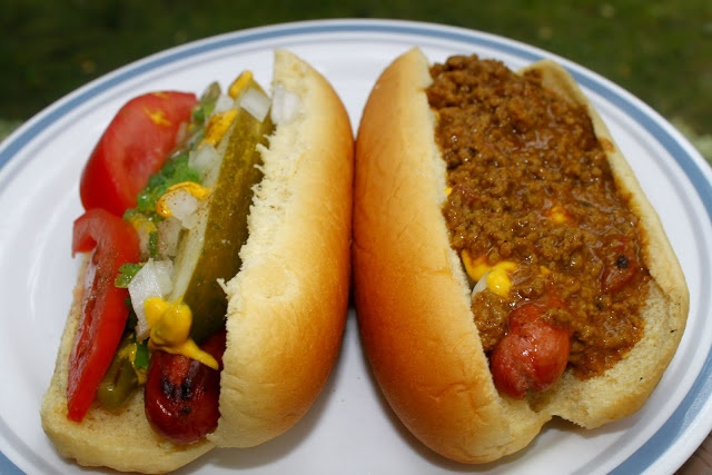 ... the Mystery of Coney Sauce for a Detroit/Chicago Dog Throwdown