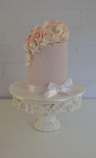 Birthday Cake Images Elegant : elegant 21st birthday cake Amazing Cakes Pinterest